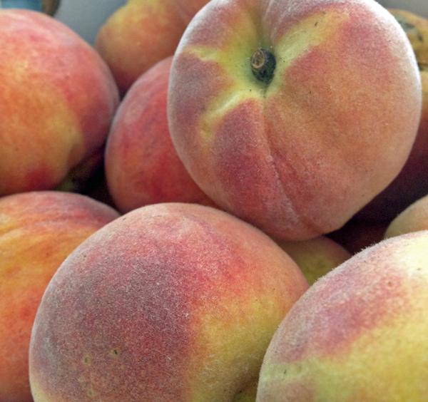Flame prince peaches